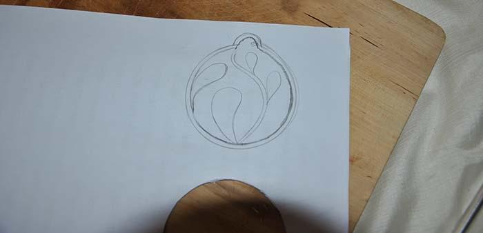 ciondolo_paper_cutting_2