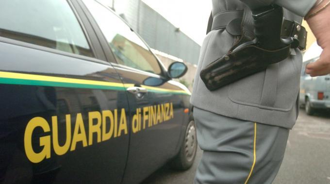 a79356d536 Droga tra il Salento e l'Albania. Una vasta operazione contro quattro  distinti gruppi criminali italo albanesi responsabili a vario titolo di  associazione a ...